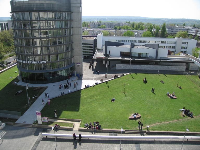 giới thiệu đại học Cergy Pontoise