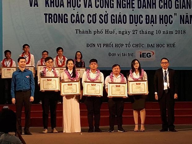 giai-thuong-sinh-vien-nckh-2018-cap-bo-hutech