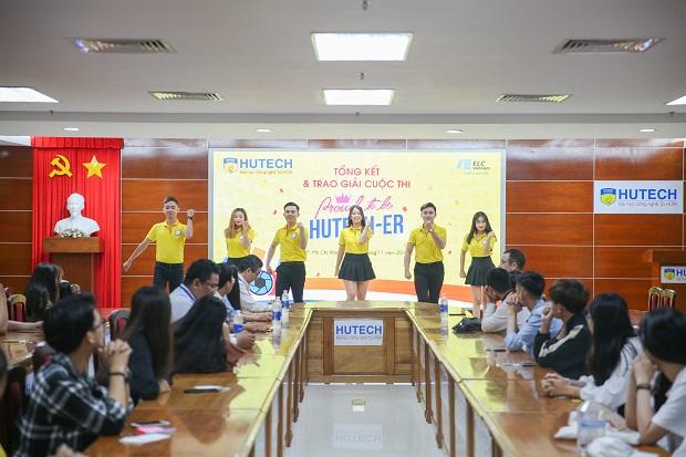 """Sinh viên khoa Luật giành giải Nhất cuộc thi ảnh """"Proud to be HUTECH-ers"""""""