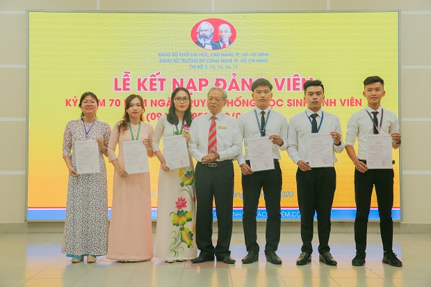 HUTECH kết nạp Đảng viên mới dịp Kỷ niệm 70 năm Ngày Truyền thống Sinh viên, Học sinh