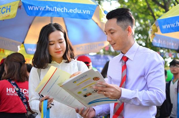 tuyen-sinh-dai-hoc-hutech-2020