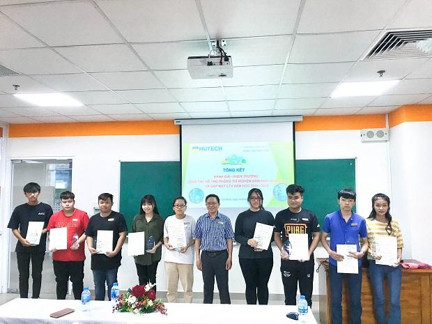Viện Khoa học Ứng dụng trao giấy chứng nhận cho Cộng tác viên phòng thí nghiệm