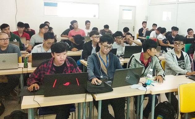 Cùng sinh viên Công nghệ thông tin HUTECH tìm hiểu về Deep Learning