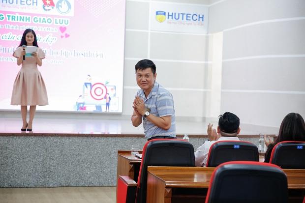 """Sinh viên HUTECH nạp """"năng lượng tích cực"""" để tạo động lực học tập"""