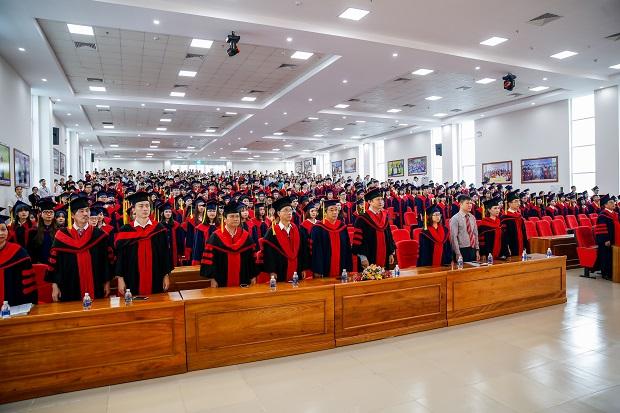 Rạng rỡ niềm vui tốt nghiệp của các Tân Cử nhân, Tân Kỹ sư HUTECH