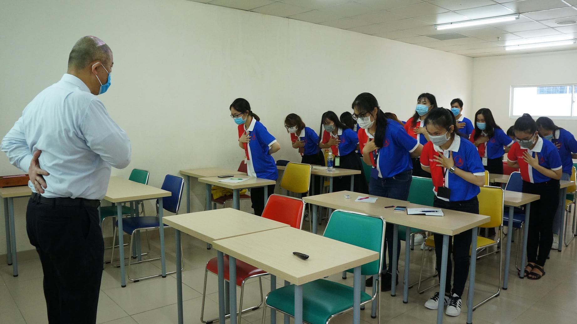 「日本ビジネスマナー」のワークショップを行いました。