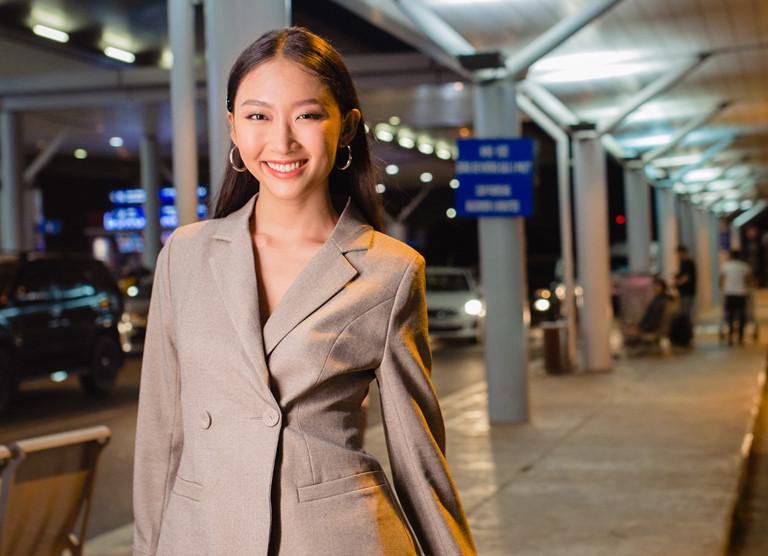 Người đẹp cao gần 1m8 đại diện Việt Nam thi