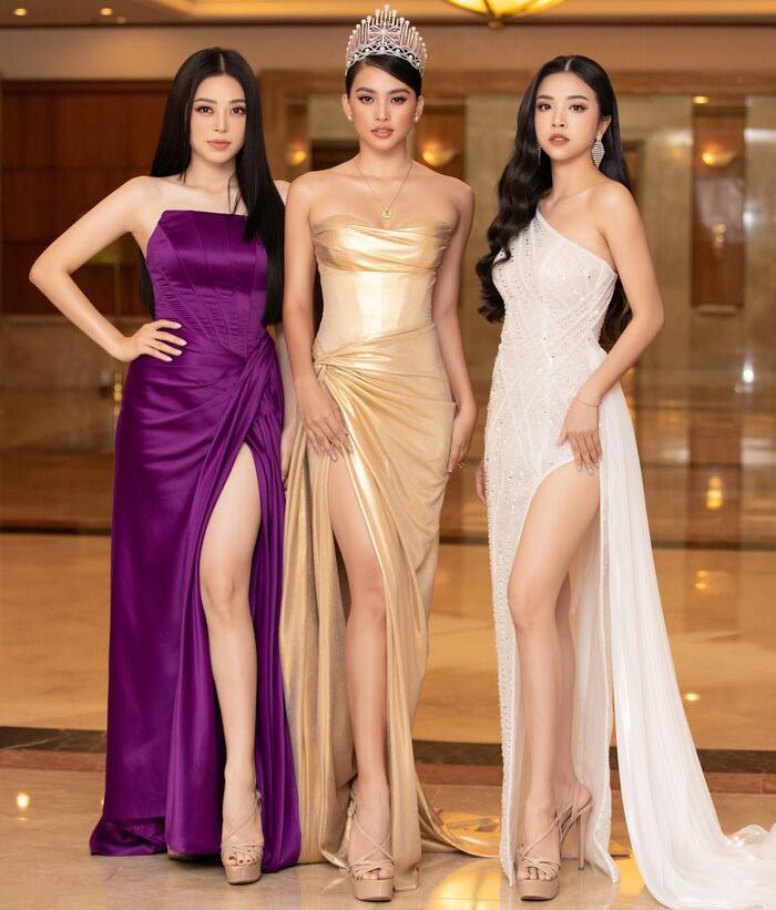 [Saostar] - Tiểu Vy - Phương Nga - Thúy An rạng rỡ thu hút mọi ánh nhìn, tự hào nhìn lại 2 năm nhiệm kỳ Hoa hậu Việt Nam