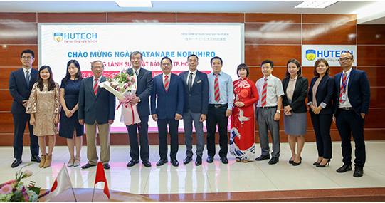 Tổng lãnh sự Nhật Bản kỳ vọng sinh viên HUTECH sẽ là cầu nối cho mối quan hệ Việt - Nhật