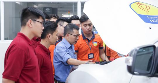 Xu thế phát triển ô tô điện: Tương lai mới cho ngành Công nghệ kỹ thuật ô tô Việt Nam