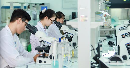 HUTECH nhận hồ sơ xét tuyển ngành Dược từ 21 điểm