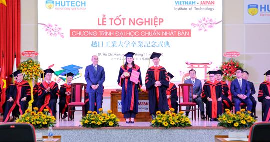Hân hoan Lễ tốt nghiệp của các tân Kỹ sư, Cử nhân chuẩn Nhật Bản