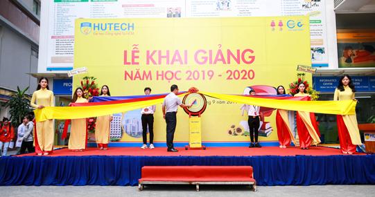 HUTECH khởi động năm học 2019 - 2020