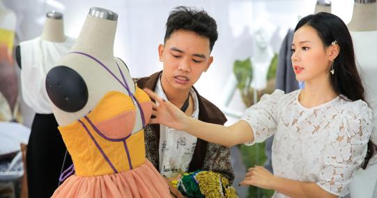 Midu đồng hành cùng cuộc thi thiết kế áo lớp của ĐH HUTECH