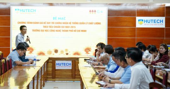HUTECH được chứng nhận duy trì hệ thống quản lý chất lượng tiêu chuẩn ISO 9001:2015 giai đoạn 2
