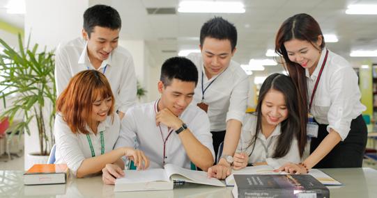 Sinh viên các khóa tại HUTECH bắt đầu đăng ký học phần Học kỳ 3 từ hôm nay (03/06)