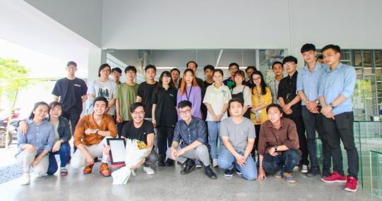 Sinh viên ngành Kiến trúc HUTECH tìm hiểu quy trình làm việc tại văn phòng Thiết kế Mia Design Studio