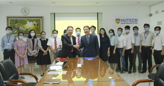 Khoa Dược HUTECH ký kết hợp tác với Công ty CP Giải pháp Phần mềm ENTERSOFT