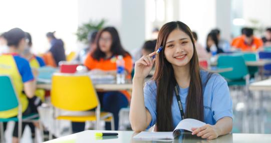 """Cùng """"thả like"""" và ủng hộ các clip của sinh viên HUTECH tại cuộc thi """"Nói tiếng Hàn online 2020 - 2021"""""""