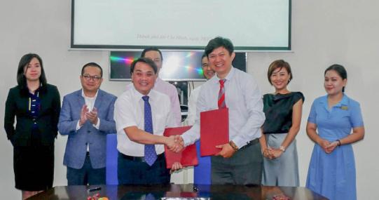 HUTECH ký kết hợp tác với Trung tâm Dịch vụ Đối ngoại và Hội nghị Quốc tế (FSC)