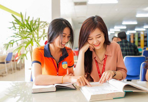 Trường nào xét tuyển học bạ ngành Luật Kinh Tế?