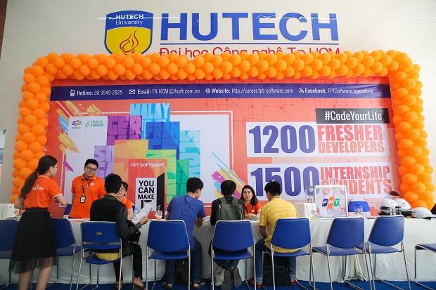 HUTECH IT OPEN DAY 2018: Hàng ngàn cơ hội việc làm cho sinh viên CNTT