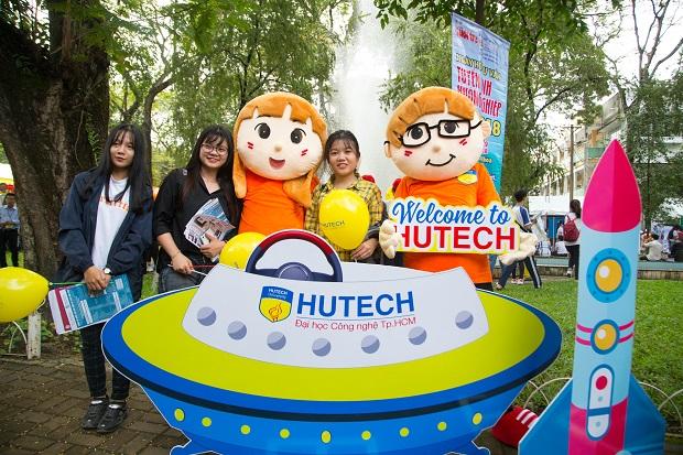 Đại học HUTECH nổi bật tại Ngày hội tuyển sinh 2018